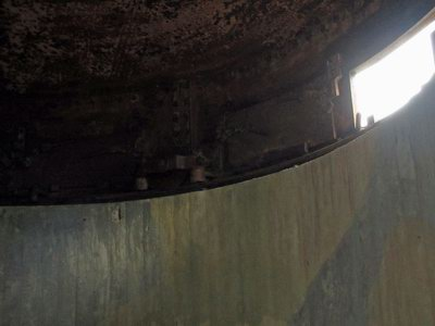 Värn med pansarkupol för 4 m inbasmätare på Dragsö (Karlshamn)